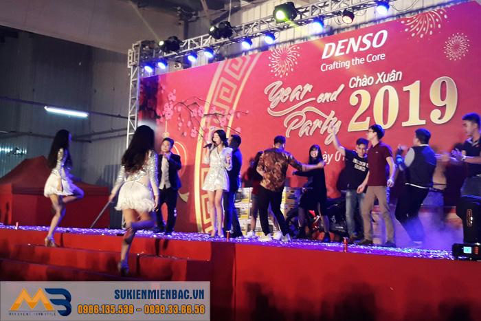 Tưng bừng Tiệc cuối năm cùng Mien Bac Event