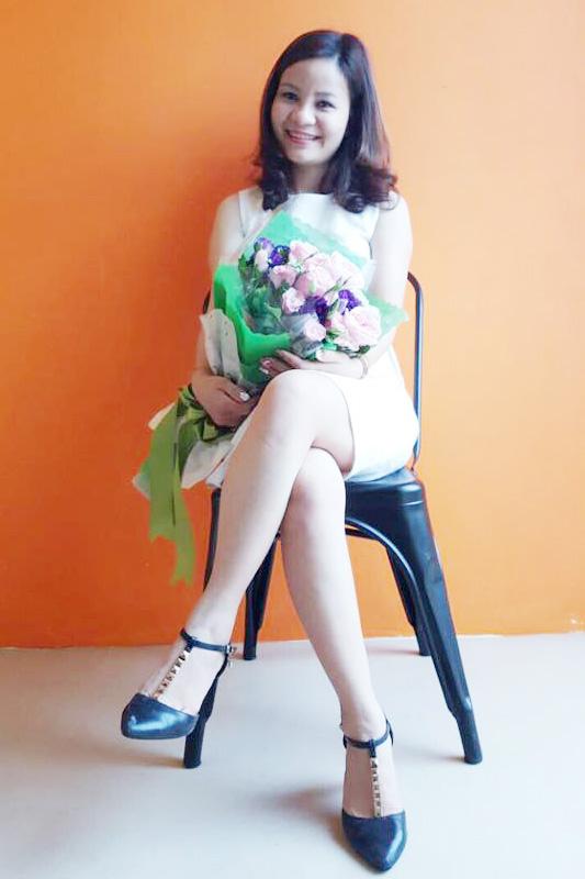 Ms Huế Trần